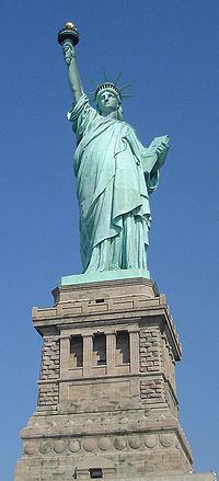 200px-StatueOfLiberty01.jpg
